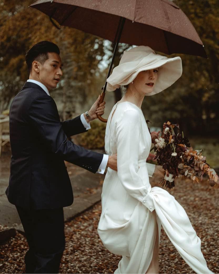 Hold bryllup i skoven på Sjælland